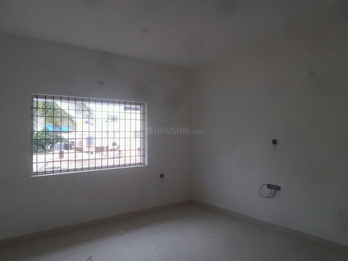 Living Room Image of 1100 Sq.ft 2 BHK Apartment for buy in Vijayanagar for 7200000