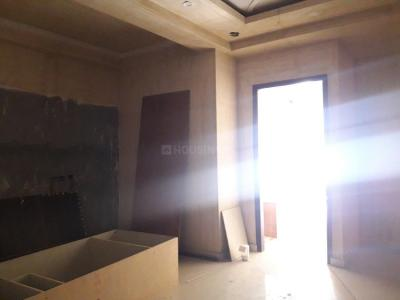 Gallery Cover Image of 880 Sq.ft 3 BHK Apartment for buy in Sector 7 for 5200000