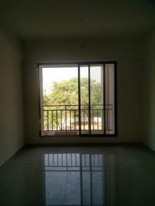 Gallery Cover Image of 645 Sq.ft 1 BHK Apartment for rent in Kalwa for 15000
