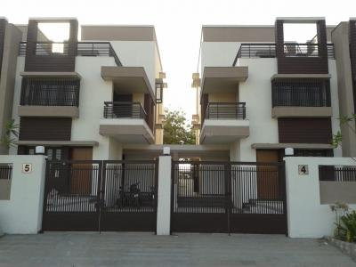 Gallery Cover Image of 2800 Sq.ft 4 BHK Villa for buy in Ishwar Residency, Sola Village for 34500000