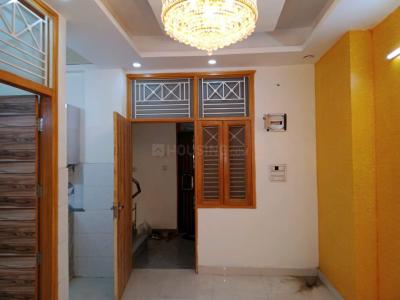 Gallery Cover Image of 1050 Sq.ft 2 BHK Independent Floor for rent in Shakti Khand II, Shakti Khand for 13500