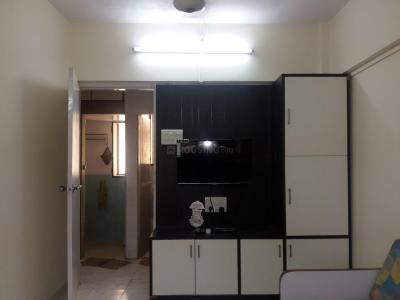 Gallery Cover Image of 500 Sq.ft 1 BHK Apartment for rent in Baba Sadan Building, Andheri West for 30000