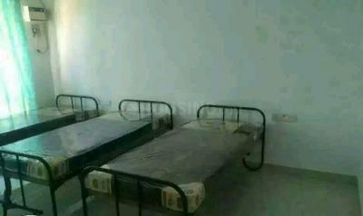 Bedroom Image of Vr Men's Hostel in Sholinganallur