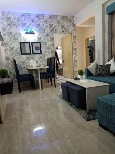 Gallery Cover Image of 600 Sq.ft 2 BHK Apartment for buy in Agrasain Aagman 2, Sector 70 for 2300000