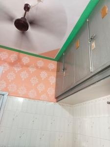 Gallery Cover Image of 945 Sq.ft 1 BHK Independent House for buy in Thakkarbapa Nagar for 7000000