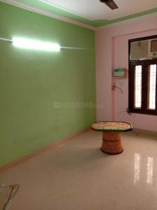 Gallery Cover Image of 1100 Sq.ft 3 BHK Independent Floor for rent in Pul Prahlad Pur for 13500