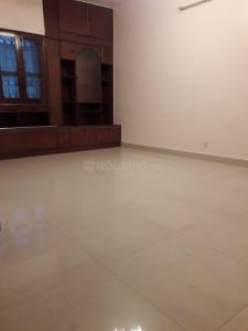 Gallery Cover Image of 2000 Sq.ft 3 BHK Apartment for buy in DDA B2 Green Glade Apartments, Vasant Kunj for 24800000