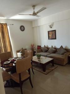 Gallery Cover Image of 1054 Sq.ft 3 BHK Apartment for buy in Wave City for 3281000