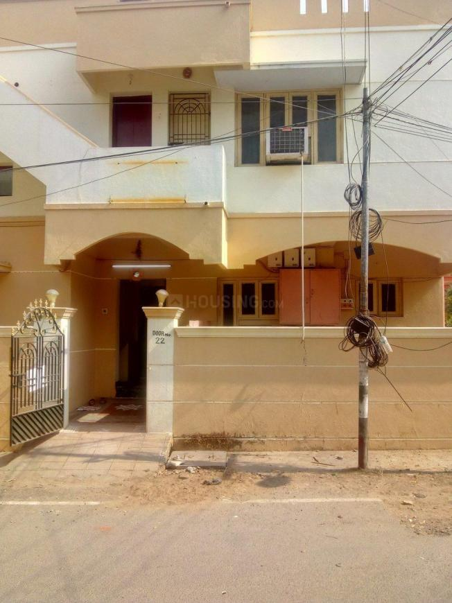 Building Image of 1100 Sq.ft 3 BHK Apartment for rent in Chromepet for 35000