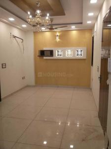 Gallery Cover Image of 720 Sq.ft 3 BHK Independent Floor for rent in Dwarka Mor for 20000