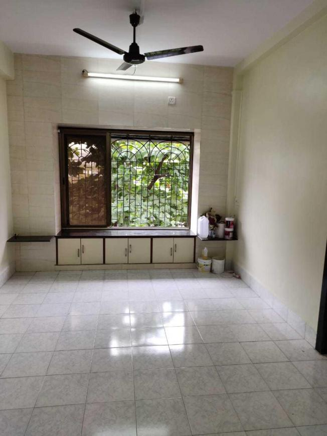 Living Room Image of 811 Sq.ft 2 BHK Apartment for buy in Sion for 15500000