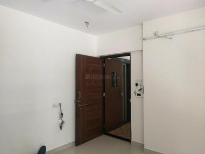 Gallery Cover Image of 950 Sq.ft 2 BHK Apartment for rent in Malad West for 33000
