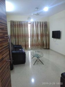 Gallery Cover Image of 1050 Sq.ft 2 BHK Apartment for rent in Kalpataru Aura, Ghatkopar West for 62000