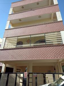 Gallery Cover Image of 1500 Sq.ft 2 BHK Independent Floor for rent in J P Nagar 7th Phase for 13500