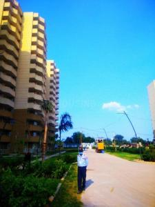 Gallery Cover Image of 990 Sq.ft 2 BHK Apartment for buy in Pyramid Infinity, Sector 70 for 3600000