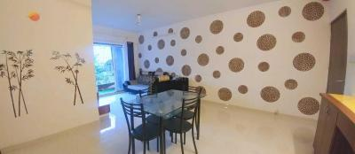 Gallery Cover Image of 800 Sq.ft 2 BHK Apartment for rent in Bandra East for 70000