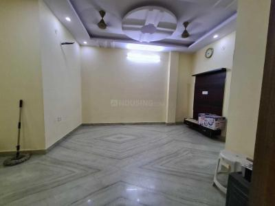 Gallery Cover Image of 900 Sq.ft 3 BHK Independent Floor for buy in Shahdara for 5800000