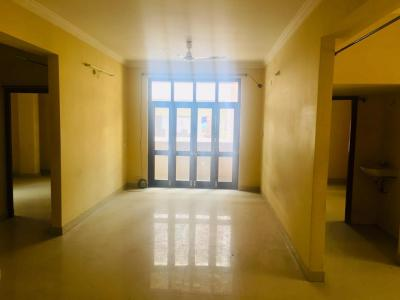 Gallery Cover Image of 1350 Sq.ft 3 BHK Apartment for buy in Humayun Nagar for 5700000