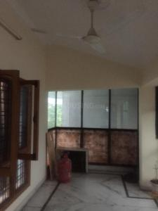 Gallery Cover Image of 1500 Sq.ft 2 BHK Independent Floor for rent in Aman Vihar for 12000