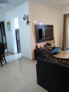 Gallery Cover Image of 1650 Sq.ft 3 BHK Apartment for buy in Bandra East for 74000000