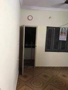 Gallery Cover Image of 750 Sq.ft 2 BHK Apartment for rent in Mudichur for 6500