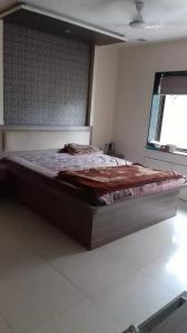 Gallery Cover Image of 2850 Sq.ft 4 BHK Apartment for rent in Fortaleza Apartment, Kalyani Nagar for 50000