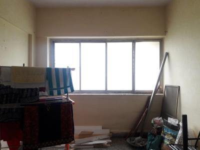 Gallery Cover Image of 360 Sq.ft 1 RK Apartment for rent in Dahisar East for 10000