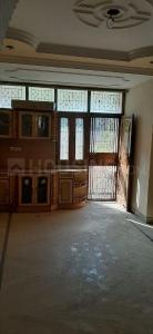Gallery Cover Image of 1250 Sq.ft 3 BHK Apartment for rent in Sector 15 Rohini for 27000