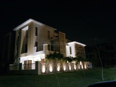 Gallery Cover Image of 4200 Sq.ft 4 BHK Villa for buy in Jaypee Greens Kingswood Oriental, Sector 131 for 23500000