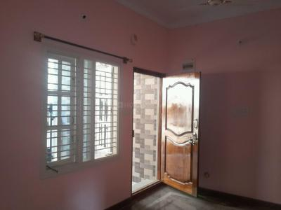 Gallery Cover Image of 400 Sq.ft 1 BHK Independent Floor for rent in Vijayanagar for 7000