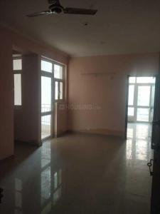 Gallery Cover Image of 1060 Sq.ft 4 BHK Apartment for rent in Noida Extension for 14000
