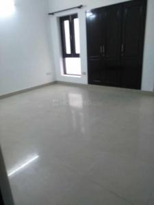 Gallery Cover Image of 2400 Sq.ft 3 BHK Independent House for rent in Arun Vihar, Sector 28 for 30000