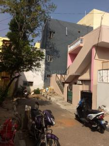 Gallery Cover Image of 800 Sq.ft 2 BHK Independent House for rent in Kamanahalli for 13000