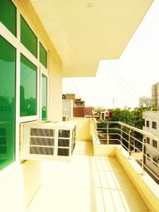 Balcony Image of Khatu Shyam Girls PG in DLF Phase 1