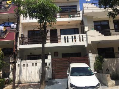 Gallery Cover Image of 2520 Sq.ft 4 BHK Villa for buy in Sector 47 for 20000000