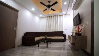 Gallery Cover Image of 1400 Sq.ft 3 BHK Apartment for buy in Baronwala for 4900000