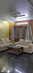 Gallery Cover Image of 2000 Sq.ft 3 BHK Independent House for rent in Domlur Layout for 45000