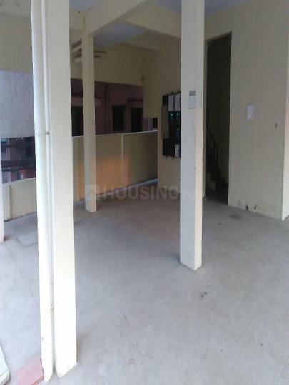 Parking Area Image of 1200 Sq.ft 3 BHK Apartment for rent in Perungalathur for 18000