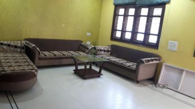 Gallery Cover Image of 2350 Sq.ft 5 BHK Villa for rent in Thaltej for 40000