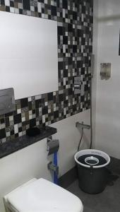 Gallery Cover Image of 980 Sq.ft 2 BHK Apartment for rent in Belapur CBD for 37000