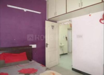 Gallery Cover Image of 975 Sq.ft 2 BHK Apartment for buy in Jayanagar for 7800000