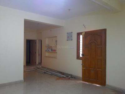 Gallery Cover Image of 850 Sq.ft 2 BHK Apartment for buy in Surappattu for 3740000