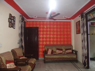 Gallery Cover Image of 585 Sq.ft 2 BHK Apartment for rent in Tughlakabad for 14000
