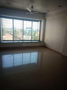 Gallery Cover Image of 800 Sq.ft 1 RK Apartment for rent in Santacruz West for 60000