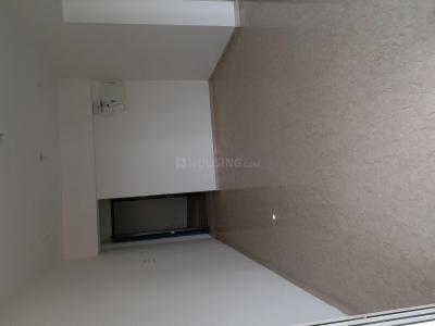 Gallery Cover Image of 2400 Sq.ft 4 BHK Apartment for rent in Malad East for 90000
