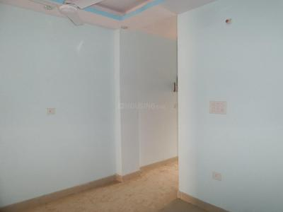 Gallery Cover Image of 700 Sq.ft 2 BHK Independent Floor for buy in Mahavir Enclave for 3800000