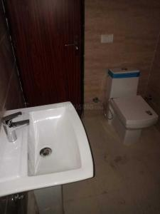 Gallery Cover Image of 1530 Sq.ft 3 BHK Apartment for rent in Noida Extension for 10000