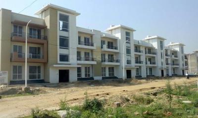 Gallery Cover Image of 1106 Sq.ft 3 BHK Independent Floor for buy in BPTP Parklands Pride, Sector 77 for 4710000