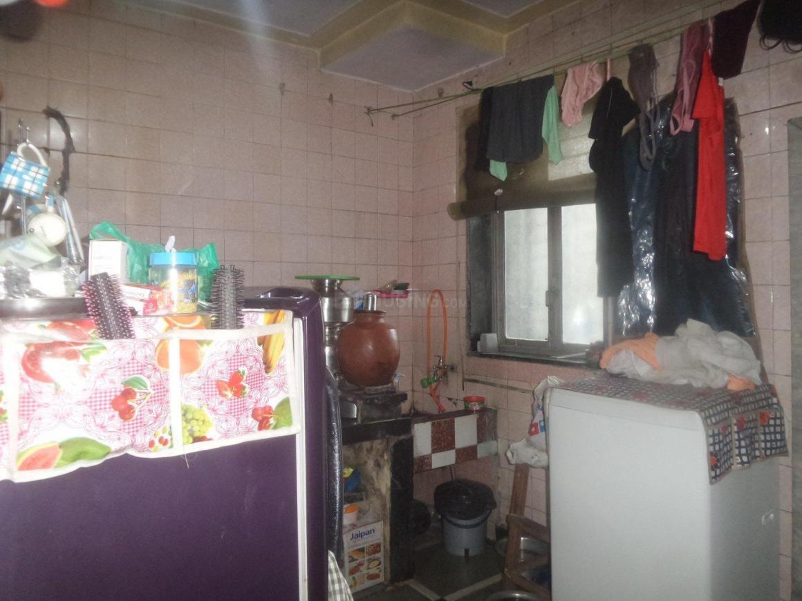 Kitchen Image of 350 Sq.ft 1 RK Apartment for rent in Vikhroli East for 13000