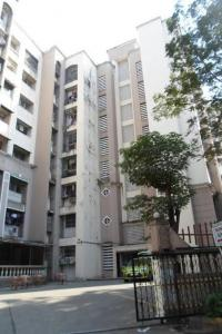 Gallery Cover Image of 820 Sq.ft 2 BHK Apartment for rent in Thane West for 18000